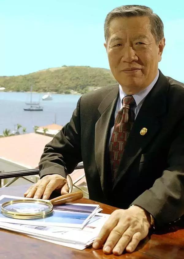 李昌钰博士是蜚声国际的华裔神探,知名的鉴识科学专家之一,有