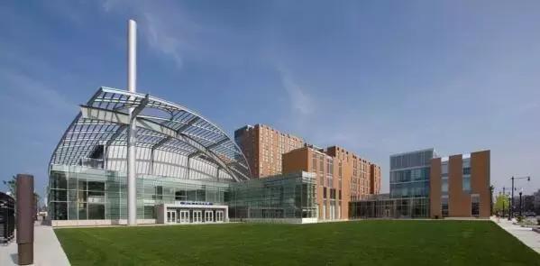 芝加哥附近的大学