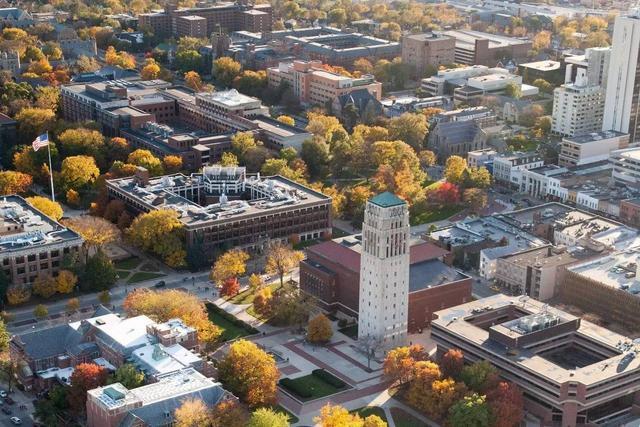 密歇根大学(UMich)